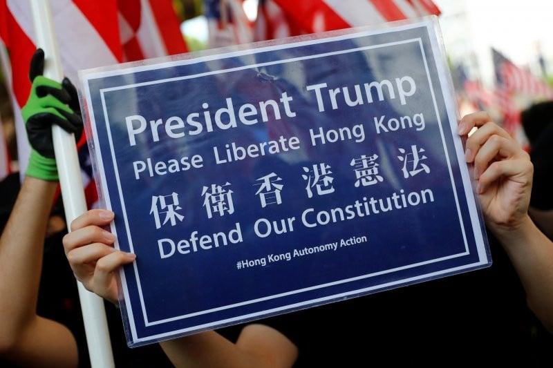 Trump Sahkan UU Pro-Demonstrasi Hong Kong, Tiongkok Bersumpah Balas Dendam