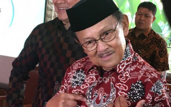 Habibie Meninggal Dunia, Perginya Tokoh Demokrasi dan Ilmuwan Mumpuni - JPNN.com
