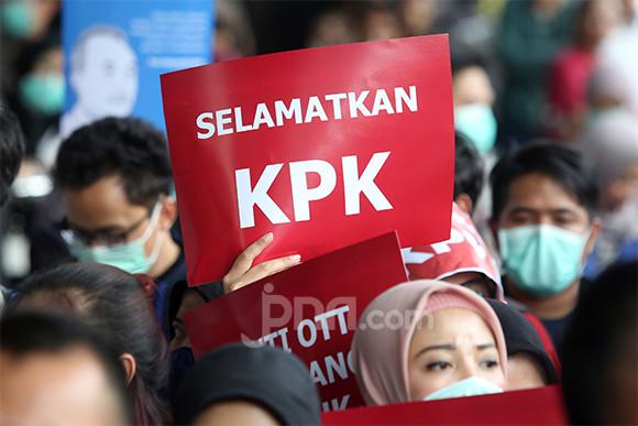 Demi KPK, Waketum Gerindra Ajak Rakyat Kepung DPR dan Istana - JPNN.com