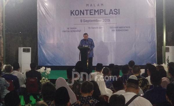 Gelar Malam Kontemplasi, Pak SBY Singgung Kompromi dalam Demokrasi - JPNN.com