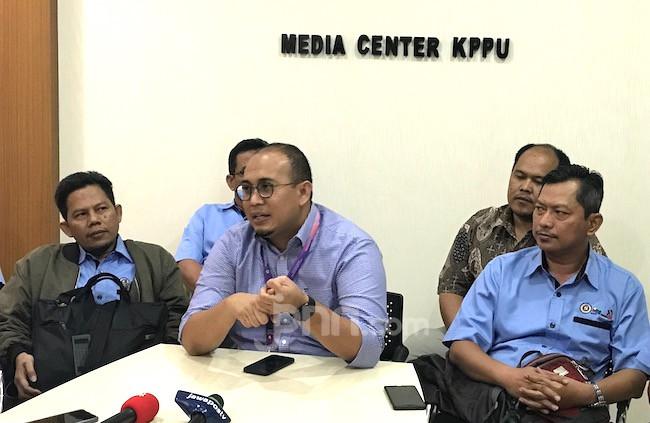 Laporkan Semen Tiongkok ke KPPU, Andre Gerindra: Pak Jokowi, Segera Bangun dari Tidur - JPNN.com