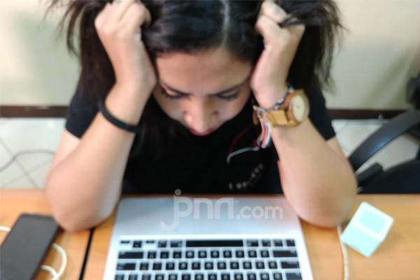 Gelisah dan Stres? Coba Baca Ayat Alquran Ini - JPNN.com