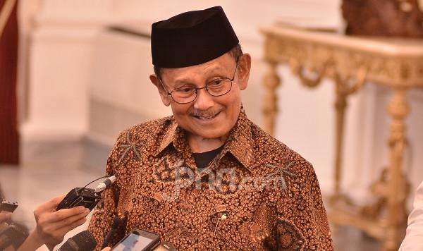Kata Mutiara BJ Habibie yang Ini Menjadi Pedoman Hidup Deddy Corbuzier - JPNN.com