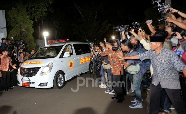 Kenangan Menteri Muhadjir Effendy tentang Sosok Habibie - JPNN.com