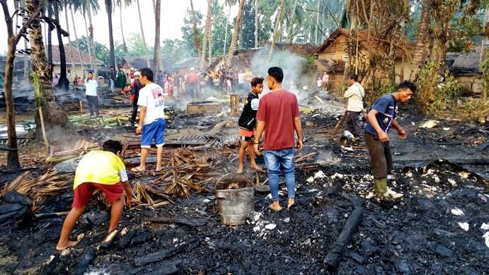 Delapan Rumah Terbakar dalam Sehari - JPNN.com