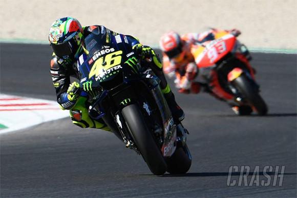 Vinales Start Terdepan di MotoGP San Marino, Rossi dan Marquez Disidang - JPNN.com