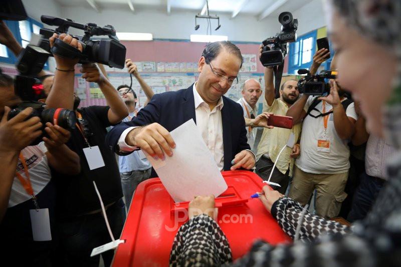 Jelang Pemilu, Calon Presiden Tunisia Malah Mendekam di Penjara - JPNN.com