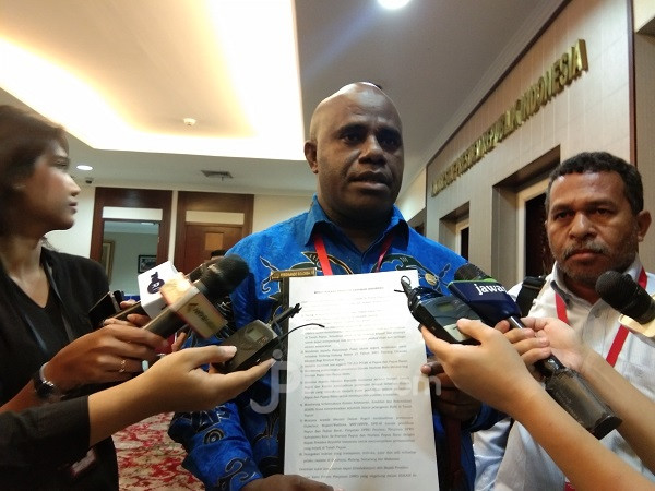 Penting! 8 Tuntutan Ketua DPRD se-Tanah Papua kepada Jokowi - JPNN.com