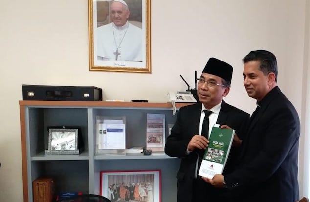 Katib Am PBNU Kunjungi Vatikan, Ini Misinya untuk Paus Fransiskus - JPNN.com