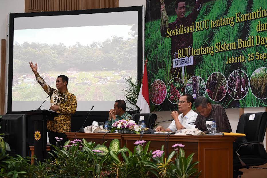 RUU Sistem Budidaya Pertanian Berkelanjutan, Berpihak kepada Petani Kecil - JPNN.com