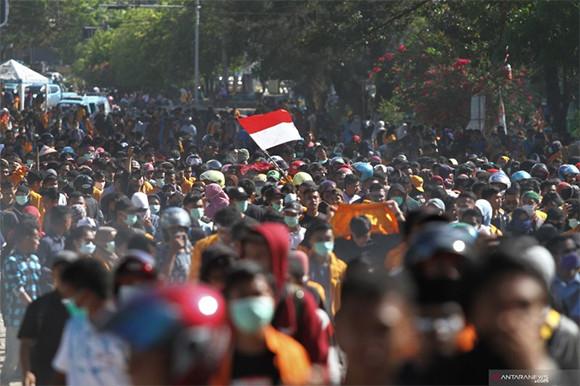 Peluru Masuk dari Ketiak Kiri Randi, Tembus ke Dada Kanan - JPNN.com