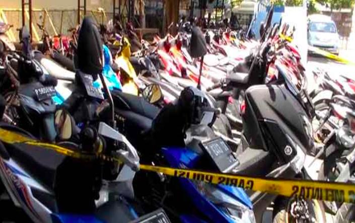 Terima Kasih Pak Polisi Telah Selamatkan 47 Kendaraan yang Dicuri - JPNN.com