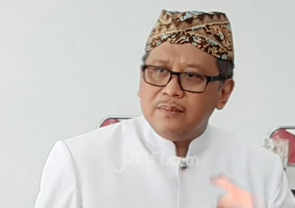 PDIP: Kami Tidak Akan Biarkan Pak Jokowi Sendirian