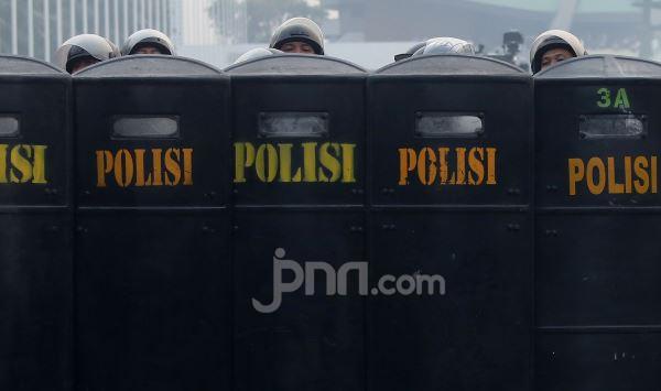 Demo Mahasiswa Lagi, Polres Jaksel Jaga Objek Vital dan Pusat Perbelanjaan - JPNN.com