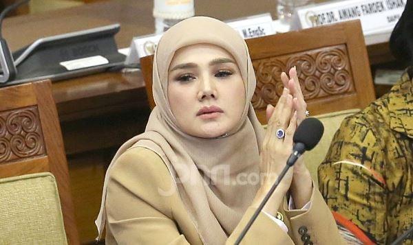 Kegerahan, Mulan Jameela Langsung Teringat Ahmad Dhani - JPNN.com