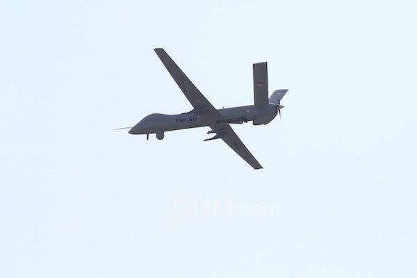 TNI Tampilkan Pesawat Tanpa Awak di HUT Ke-74 TNI - JPNN.com