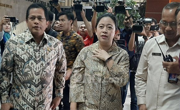Keliling Gedung DPR, Puan Maharani Buka Dialog di Media Center - JPNN.com