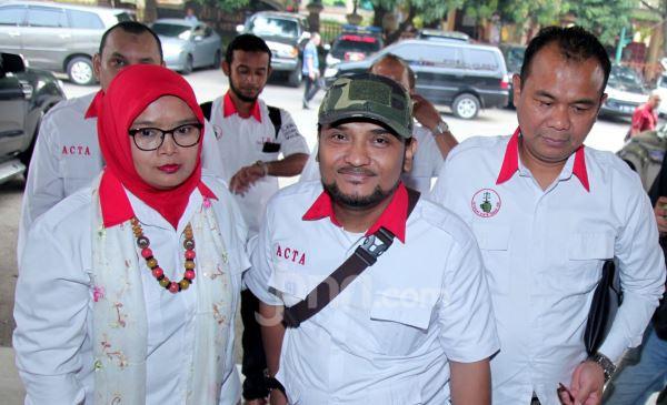 Kasus Ninoy Karundeng, Novel Bamukmin Bantah Pernyataan Kombes Argo Yuwono - JPNN.com