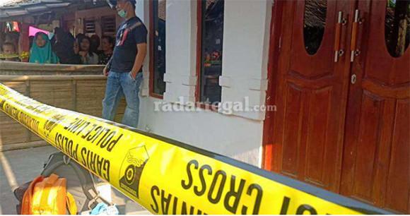 Terduga Penusuk Wiranto, Di Brebes Tampil Tomboi, Pulang dari Jakarta Bercadar - JPNN.com