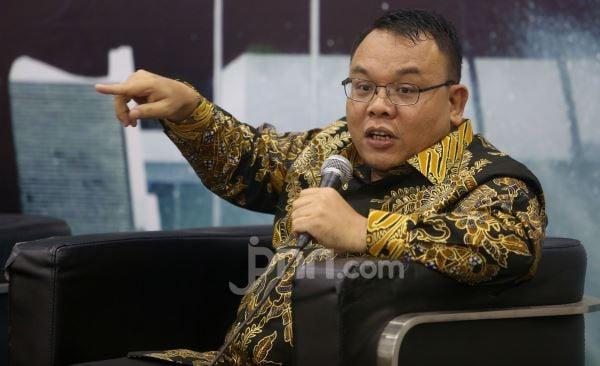 Saleh Menduga Ini Penyebab Utama Jokowi Tak Berani Lockdown Indonesia - JPNN.com