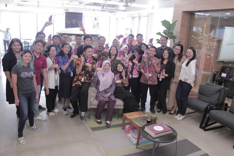 Pemenang Kompetisi EF 360 Sukses Menarik Perhatian Para Juri - JPNN.com