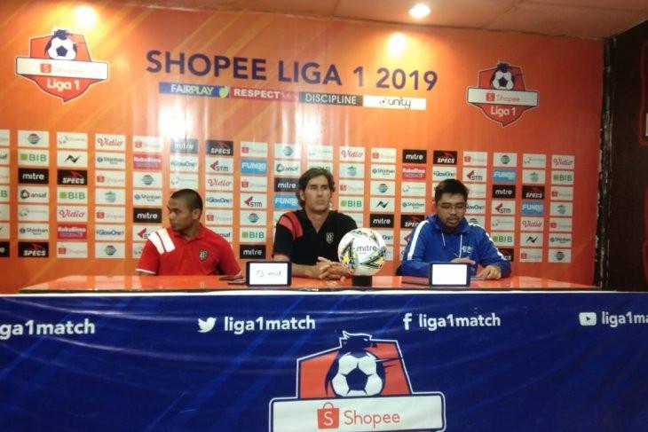 Komentar Pelatih Bali United Usai Dibantai Borneo FC