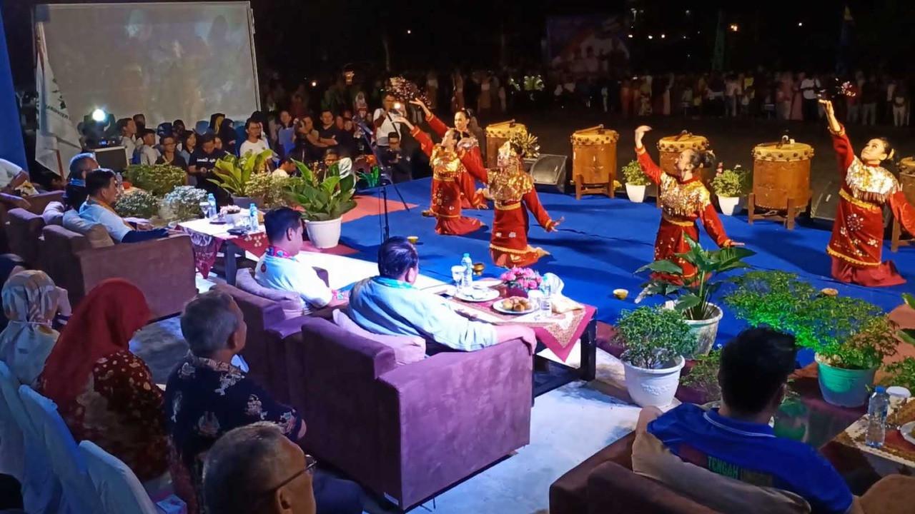 Raden Isnanta Sebut Pembukaan Gala Desa di Bangka Tengah Spektakuler - JPNN.com