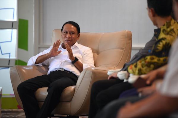 Menpora dan Ketum KONI Pusat Bahas Persiapan PON Papua 2020 dan SEA Games 2019 - JPNN.com