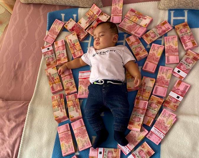 Nikita Mirzani Pakai Anak untuk Pamer Duit - JPNN.com