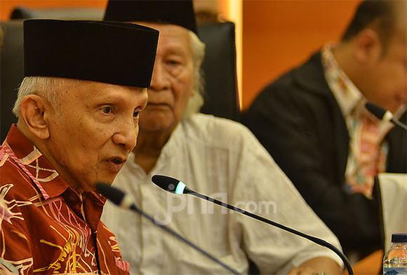 Please, Jangan Manfaatkan Pak Amien Rais untuk Bikin PAN Reformasi - JPNN.com