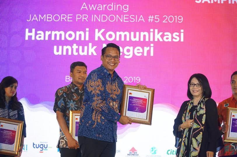 Pupuk Indonesia Sabet Penghargaan Most Popular Leader in Social Media 2019