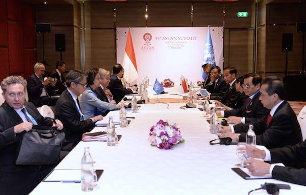 KTT ke-22 ASEAN - RRT, Jokowi Singgung Perundingan Laut China Selatan
