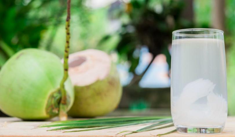 Bolehkah Penderita Gagal Ginjal Minum Air Kelapa? - JPNN.com