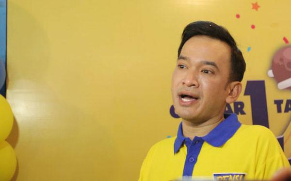 Ruben Onsu Cuek Betrand Peto Menyenggol Dada Sarwendah - JPNN.com