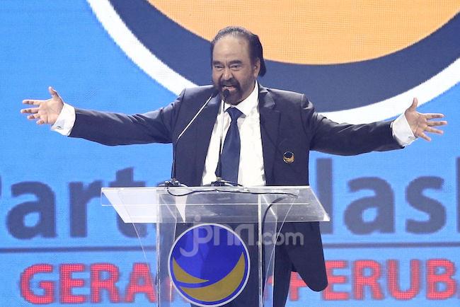 Surya Paloh Merasa Dicurigai Jokowi, Istana: Itu Humor - JPNN.com