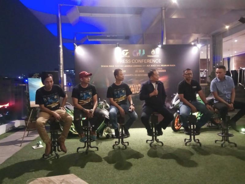 City Night Ride, Cara Kreatif Komunitas Motor Mengampanyekan Keselamatan Berkendara - JPNN.com
