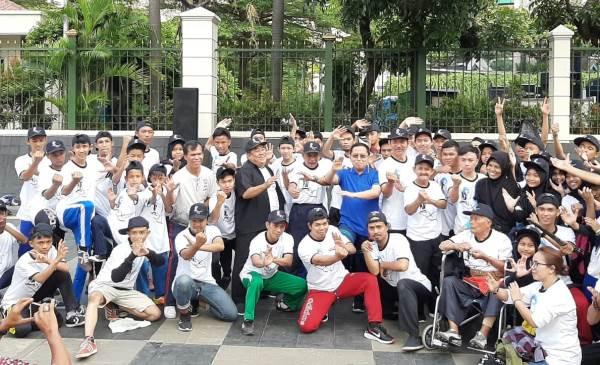 Hari Pahlawan, Kemendikbud Kumpulkan Ratusan Pesilat - JPNN.com
