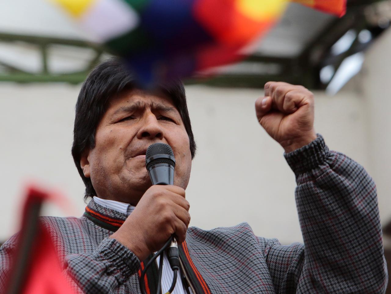 Digoyang Demonstrasi, Rezim Evo Morales Akhirnya Tumbang - JPNN.com