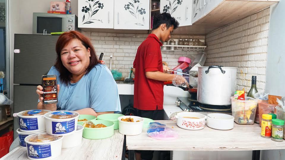 Perjuangan Lusiana Merintis Bisnis Sambil Merawat 2 Anaknya Yang Sakit - JPNN.com
