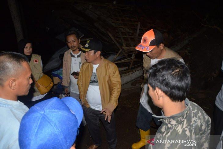 Sejumlah Rumah di Kota Serang Hancur, Ini Penyebabnya - JPNN.com
