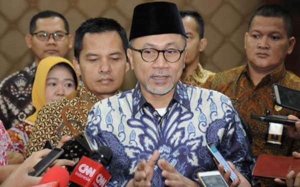 Zulhas Penuhi Panggilan KPK - JPNN.com