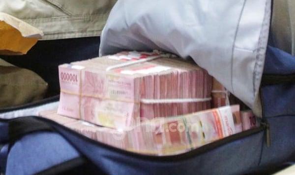 Mugiono Terkena OTT, Barang Bukti Uang Rp 20 Juta - JPNN.com