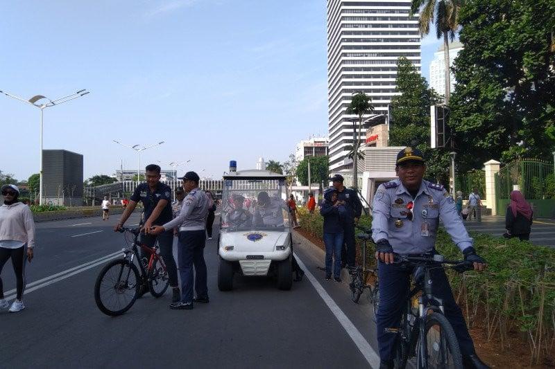 Anak Buah Anies Merasa Sukses Tertibkan PKL di Area Car Free Day - JPNN.com