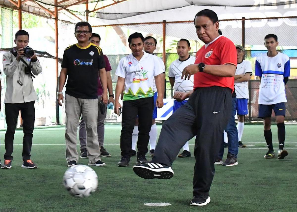 Menpora Buka Kejuaraan Futsal Kontan 2019 dengan Melakukan Tendangan Kick Off - JPNN.com