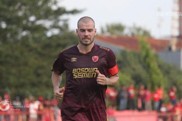 Susunan Pemain PSM Vs Bali United: Adu Cerdik Pluim dan Platje - JPNN.com