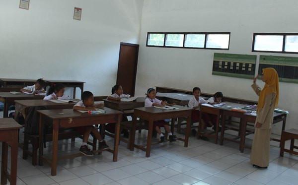 Pendidikan Pancasila jadi Mata Pelajaran Wajib di Sekolah - JPNN.com