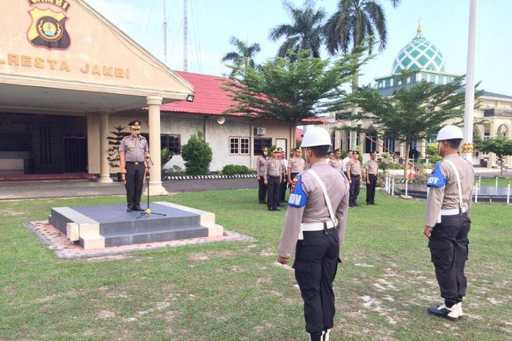 Bikin Malu Korps Bhayangkara, Brigadir EM dan Briptu AG Dipecat dengan Tidak Hormat - JPNN.com