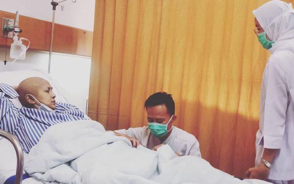 4 Hari Dirawat, Begini Kondisi Ria Irawan - JPNN.com