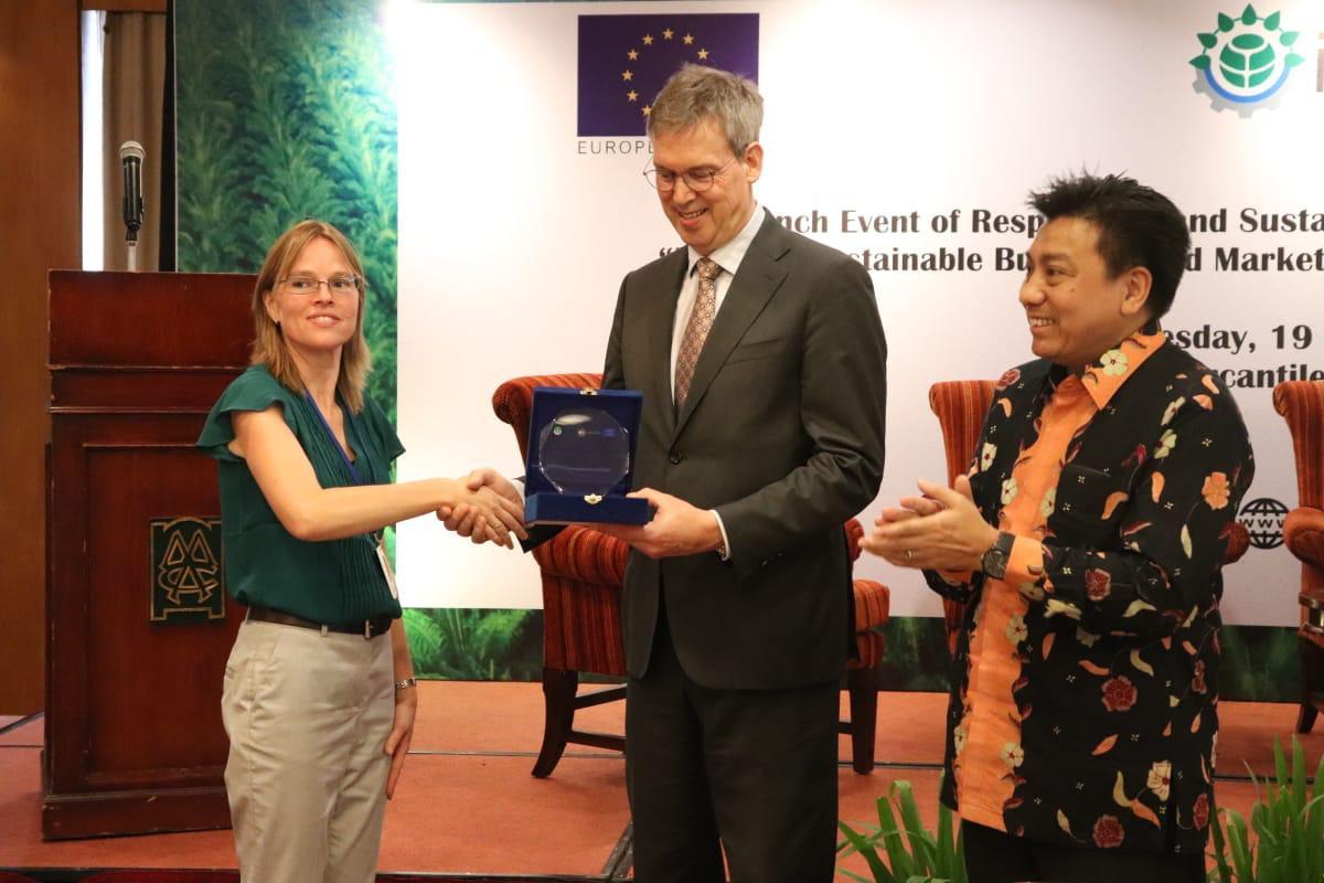 Resbound, Program untuk Mendorong Pembangunan Desa di Perkebunan Sawit - JPNN.com