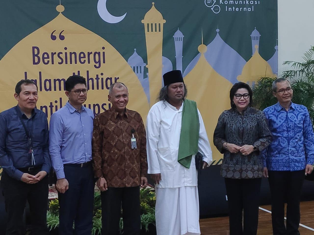 Ceramah di KPK, Gus Muwafiq Singgung Isu Taliban - JPNN.com
